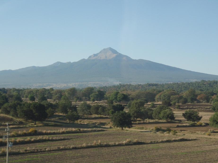 マリンチェ山とトルーカ山